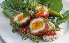 Яйця по шотландськи з вівсянкою