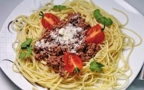 Спагетті по болонськи