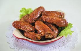 Курячі крильця під солодким соусом «Чилі»