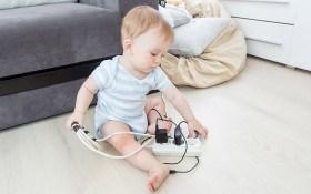 Электротравма: виды, признаки и первая помощь