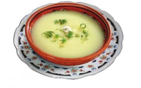 Картопляний суп з цибулею