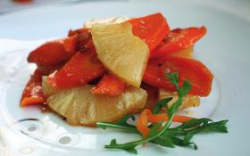 Кисло-солодка морква з ананасом