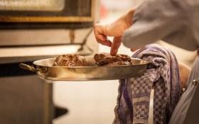 Как спасти блюдо от пригорания