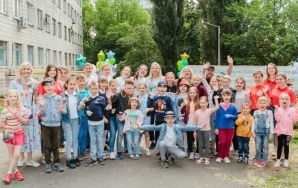 До Дня захисту дітей В «ОХМАТДИТ» відкрили лікувальний городик для маленьких пацієнтів