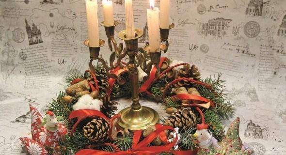 Новорічне чародійство: прикрашаємо оселю святковим віночком