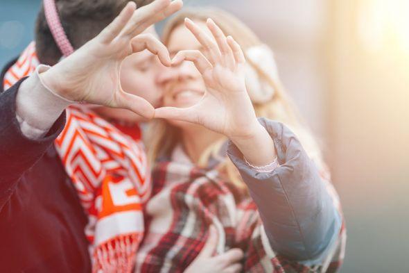 У каждого знака зодиака отношения в паре складываются по-разному