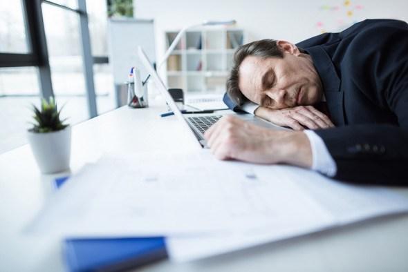 Синдром хронической усталости: причины, методы профилактики и лечения