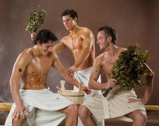Мужчины баня веники