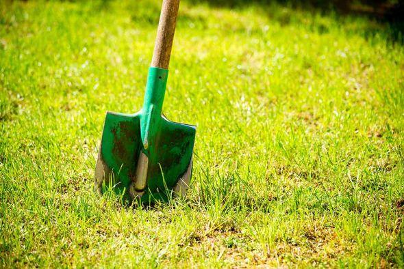 Как модернизировать садовую лопату своими руками?