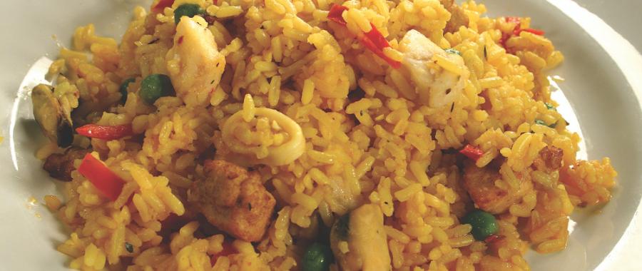 Рис с дарами моря