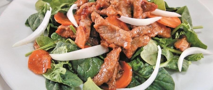Теплий салат з яловичиною