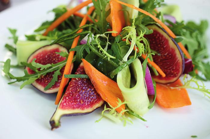 Салат з морквою та нжиром