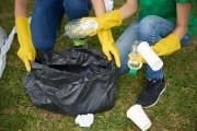 Опасные отходы: как избавиться от бытового мусора на даче?